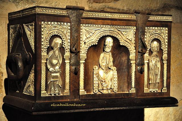 731 – Arcón - Santuario de Montesclaros – Valdeprado del Río – Cantabria - Spain.