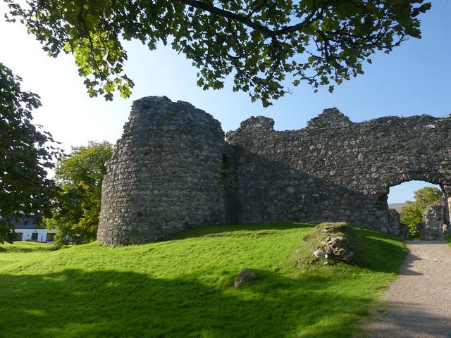 37 Inverlochy Castle P1510836mods