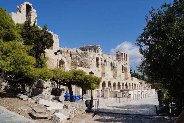2020-10-10 136 Griechenland; Athen, Akropolis, Odeon des Herodes Atticus von außen