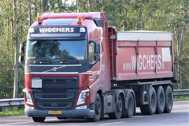 Volvo FH4 globetrotter, from Wigchers, Holland.