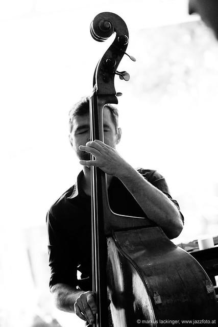Valentin Czihak: double bass