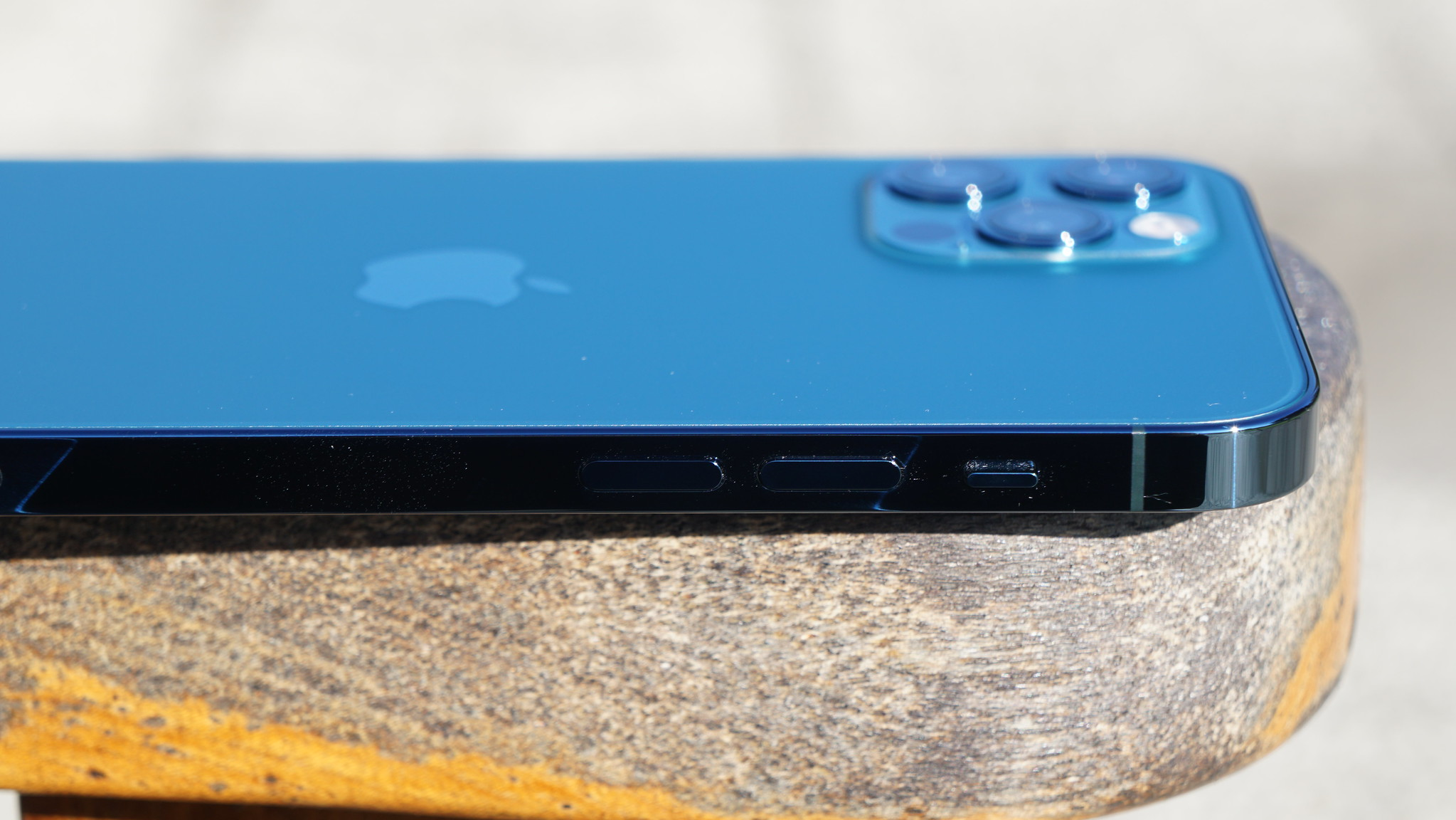 "iPhone 12 Pro レビュー - ""Pro""か""12""か""Pro Max""か"