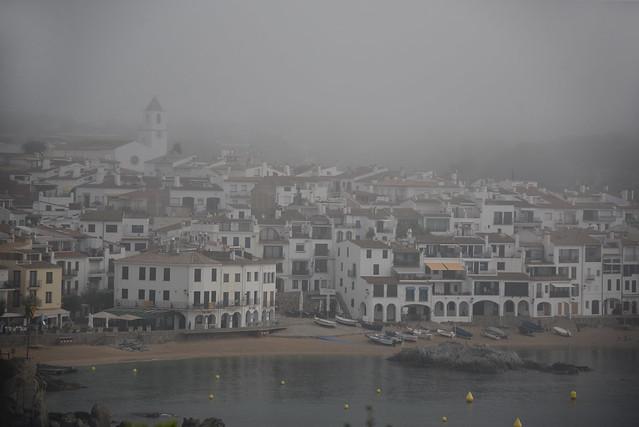 Despertar en la niebla