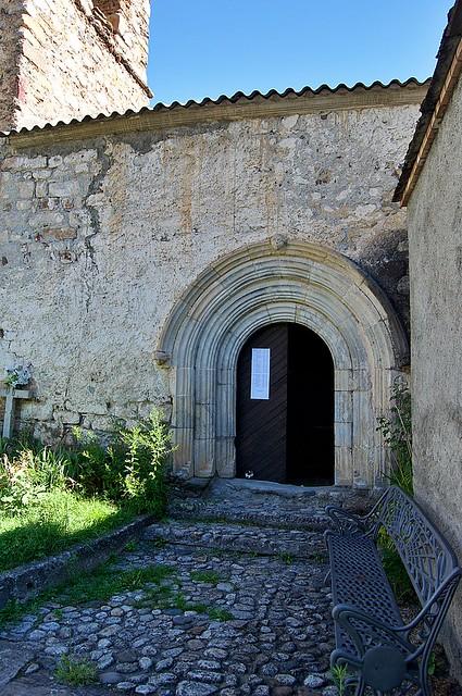 Iglesia de San Ginés de Sesué