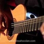 Khóa học đàn guitar cơ bản đệm hát tại TPHCM