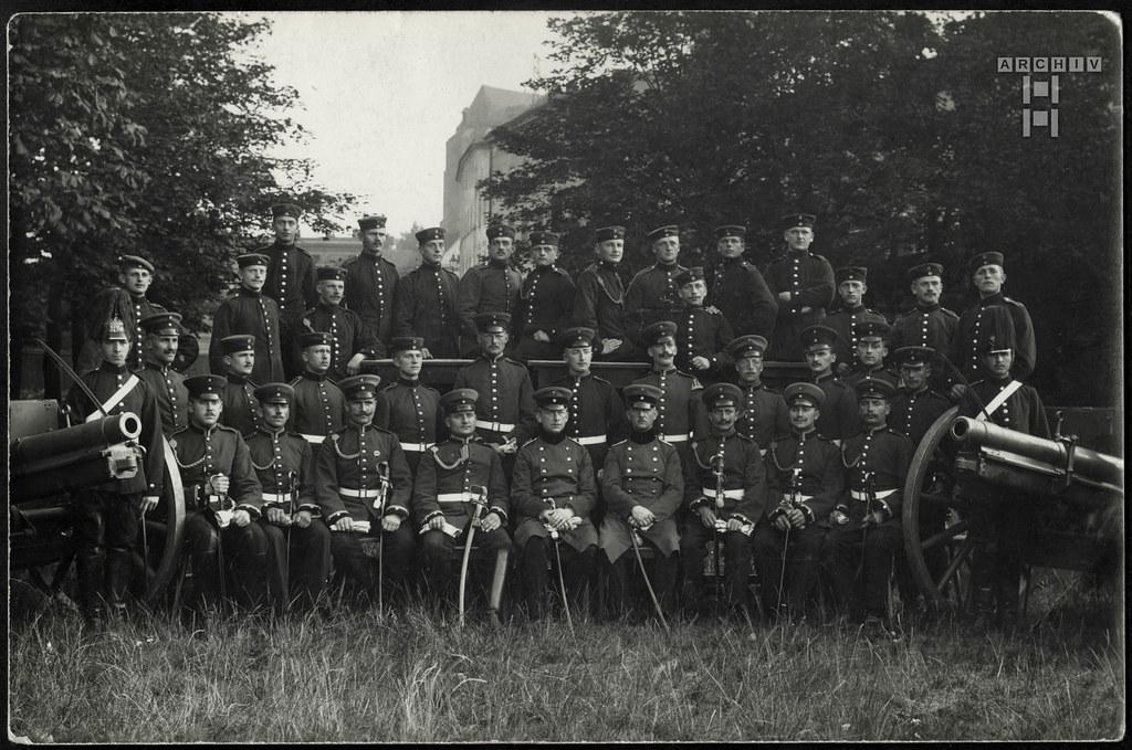 ArchivTappenZ98Album y, Unteroffiziere, Reservisten, Reiter (front), 12. September 1913