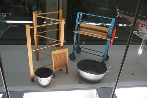 Triang Clothes-Washing Set c. 1955, Science Museum, Exhibition Road, South Kensington, Royal Borough of Kensington and Chelsea, London, SW7 2DD (1)