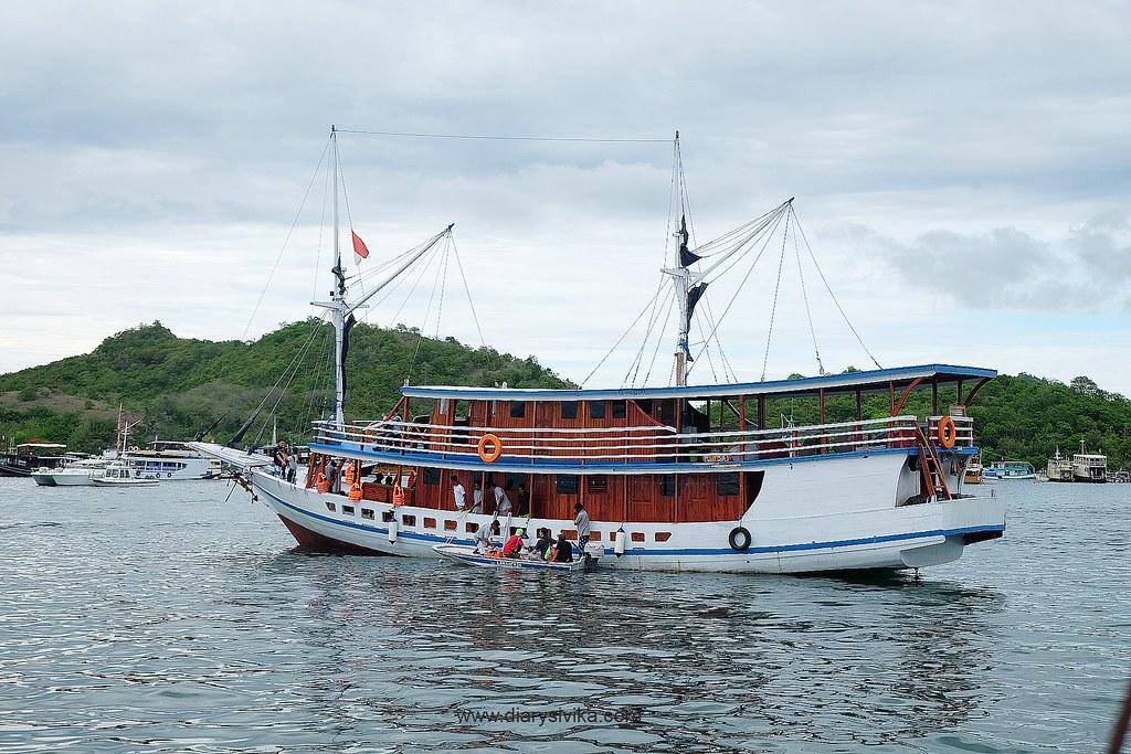 kapal phinisi labuan bajo