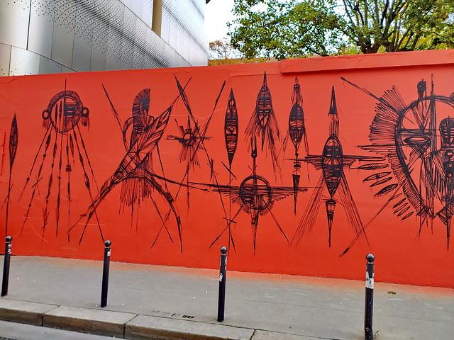 119 - Paris Octobre 2020 - nouvelle fresque en haut de la rue de Ménilmontant