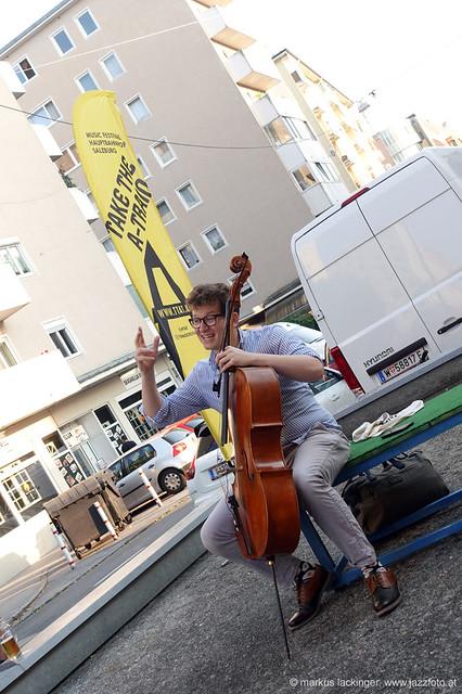Clemens Sainitzer: cello