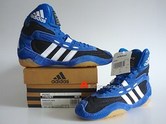 UNWORN 2001 ADIDAS TYRINT WRESTLING HI SHOES / HI TOPS