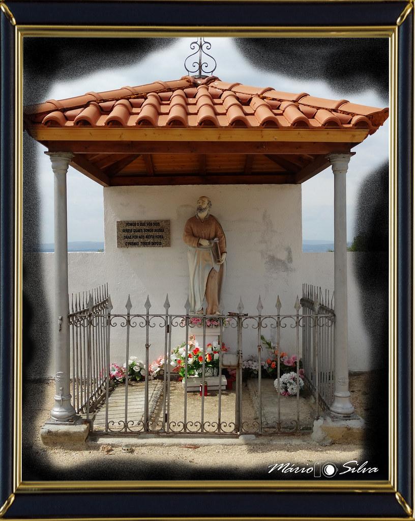 S Pedro cemitério com moldura