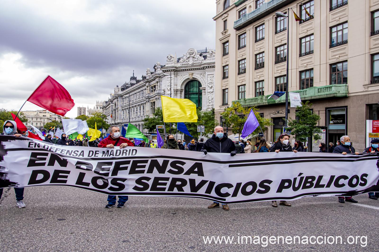 Manifestación por la defensa de los Servicios Públicos