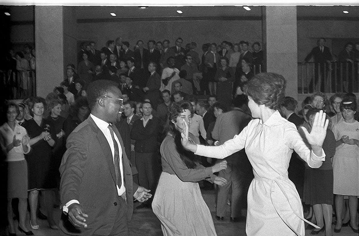 1964. II Всемирный форум солидарности молодежи и студентов в борьбе за национальную независимость и освобождение. Кремлевский дворец съездов. 16-23 сентября