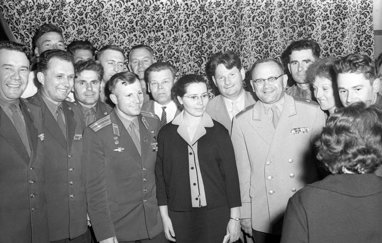 1961. Первый приезд. Ю.Гагарин с супругой в гостях у чекистов