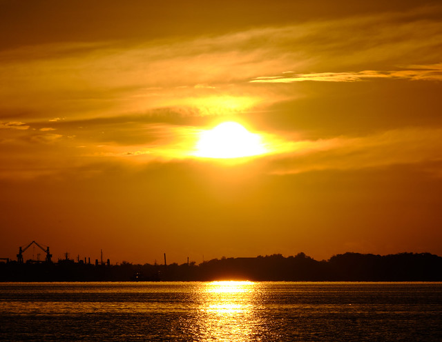Sunny morning in Ocoa Bay