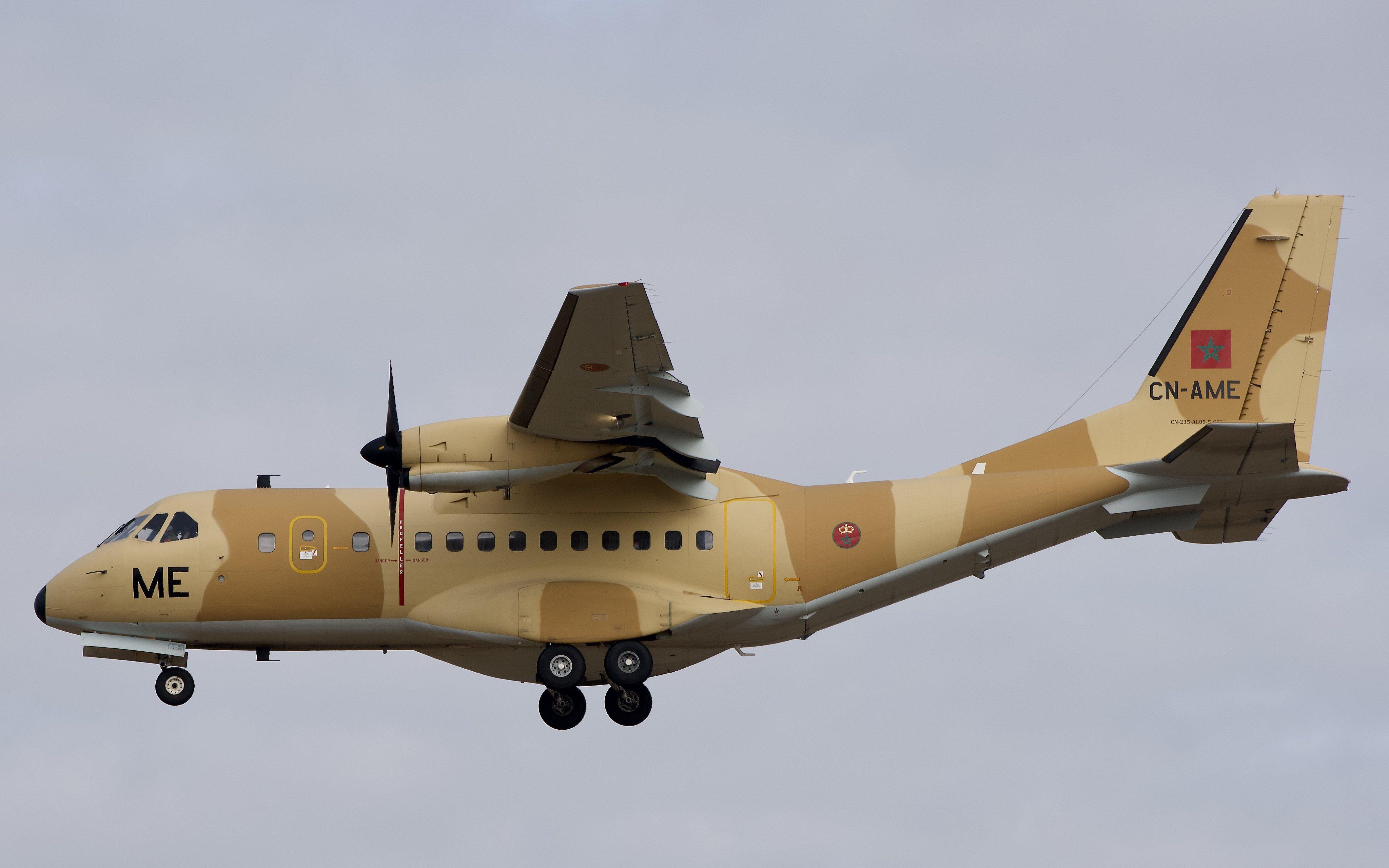 FRA: Photos d'avions de transport - Page 41 50529547071_a257ef746a_4k