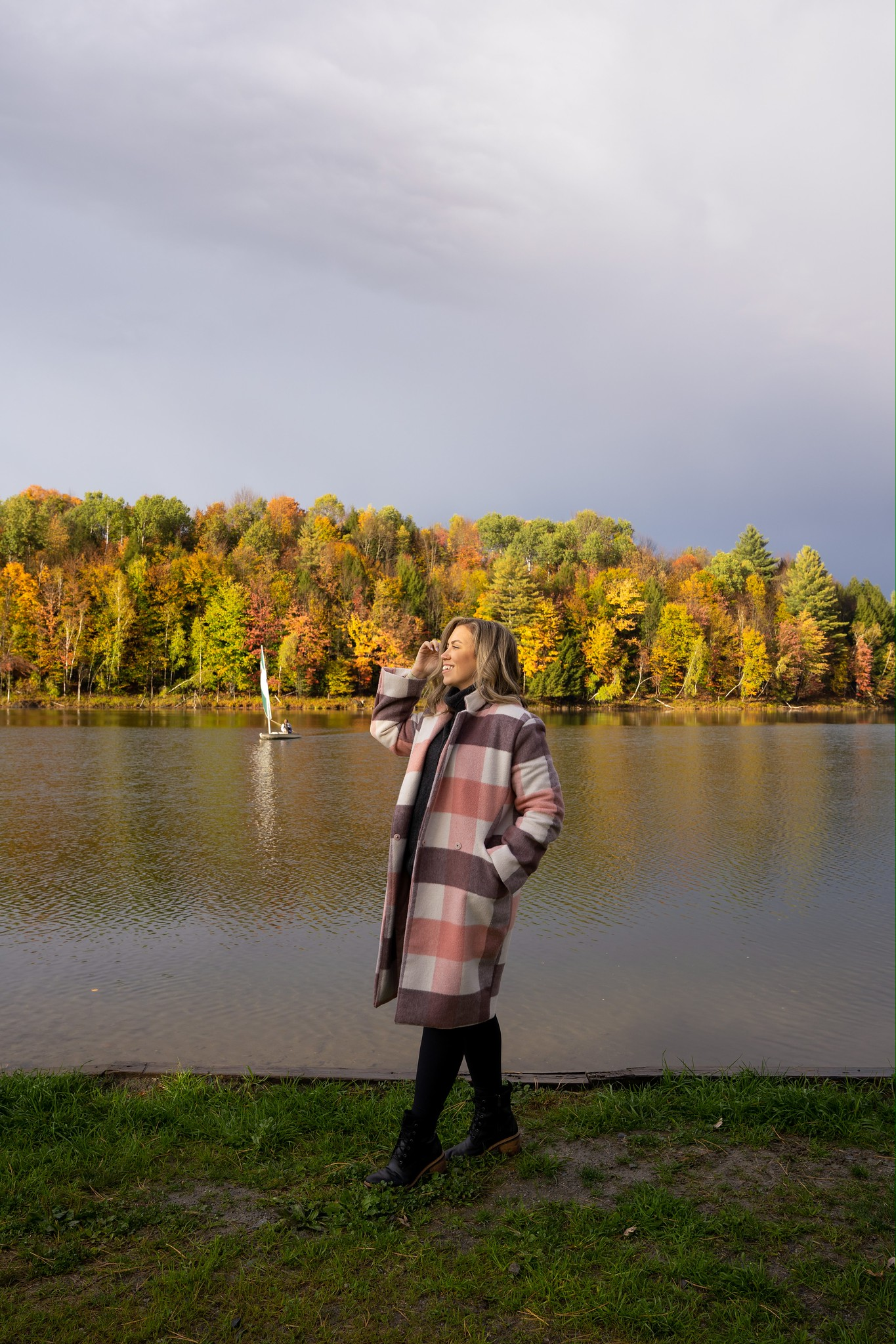 Pink Plaid Winter Coat | Waterbury Center State Park | What to Wear in Vermont in the Fall | Vermont Packing List for Fall | What to Wear in Vermont in October | What to Wear on a Fall Vacation | Fall Outfits