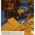 Sun, 2020-10-25 20:26 - Kraft Cracker Barrel Cheese (1961)