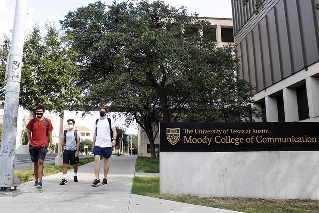 UT-Austin still nearly empty on ninth week of classes | 10.25.2020