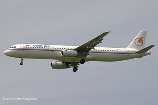 TC-ONS_A321_Onur Air