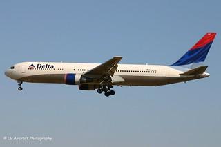 N1613B_B763_Delta Air Lines_old cs