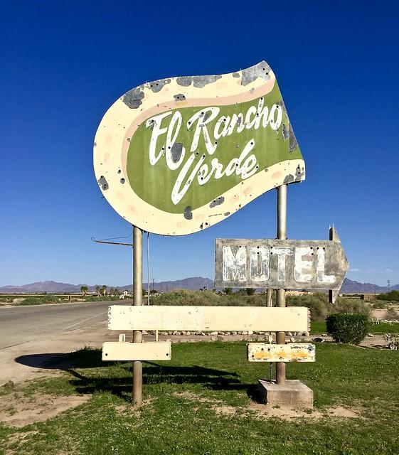 El Rancho Verde Motel - Blythe, California