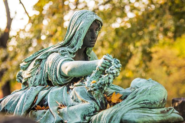 Paris, Pére Lachaise Cemetery