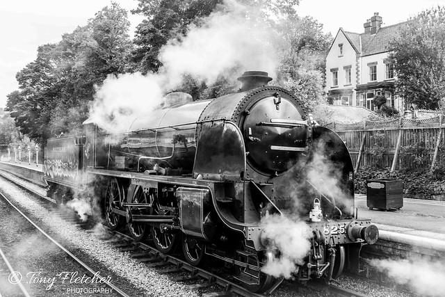 'SR S15 class No.825'