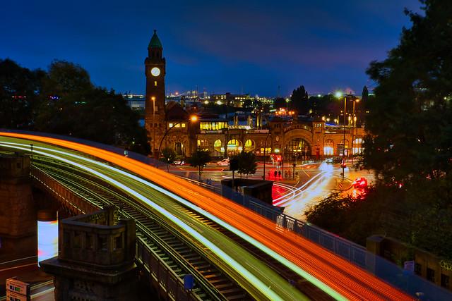 Landungsbrücken mit U Bahn