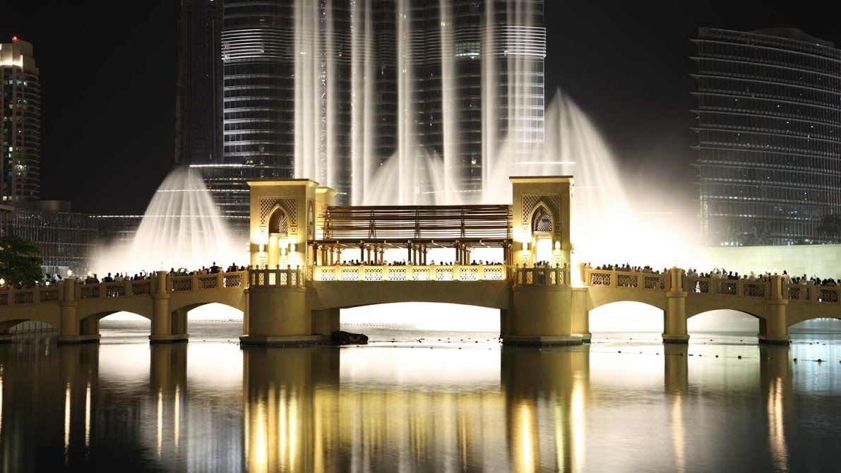 Dubai Fountain - great place to be