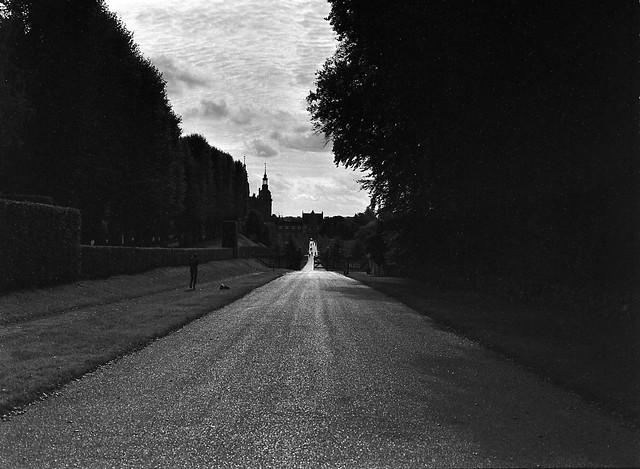 Den lange vej, Frederiksborg Slot