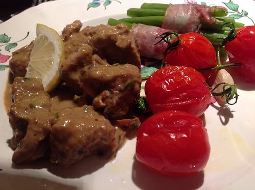 Lamsstoofpot met boontjes en tomaten uit de oven...
