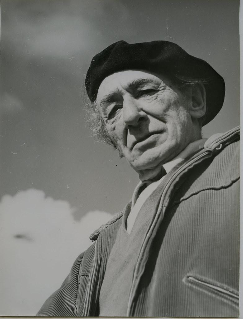 Victorio Macho en Roca Tarpeya en 1962. Biblioteca Histórica de la Universidad Complutense de Madrid, Archivo personal de Leandro de la Vega.
