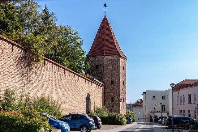 Rostock: Lagebuschturm der Stadtmauer - Lagebusch Tower of the historic City Wall