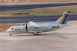 F-GHPI ATR-42-310 @ Düsseldorf 07-08-1994