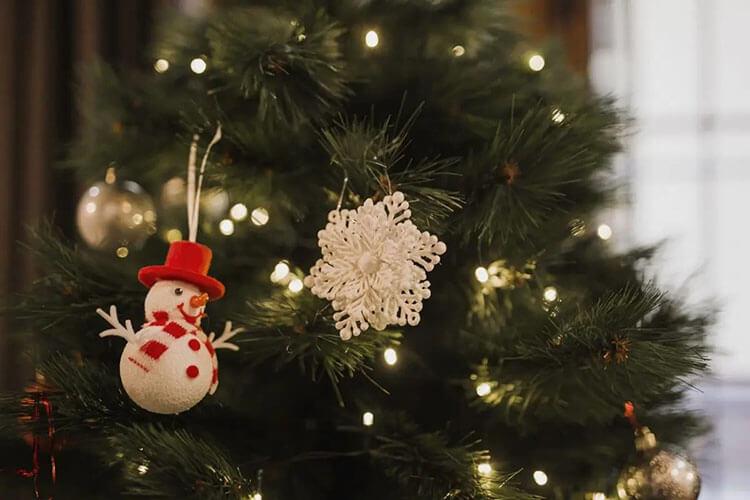 pohon Natal buatan