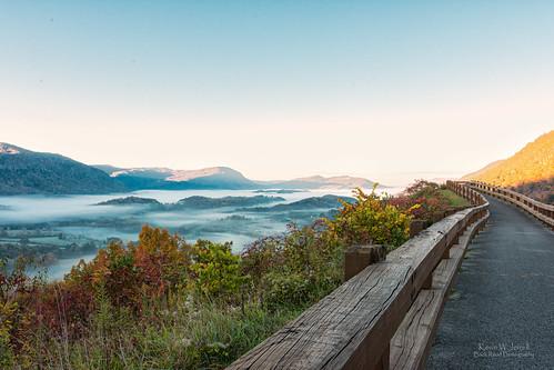 wisecounty norton virginia backroadphotography fog morningfog nikond7200 sigmalens scenic autumn autumncolors fallcolor fall