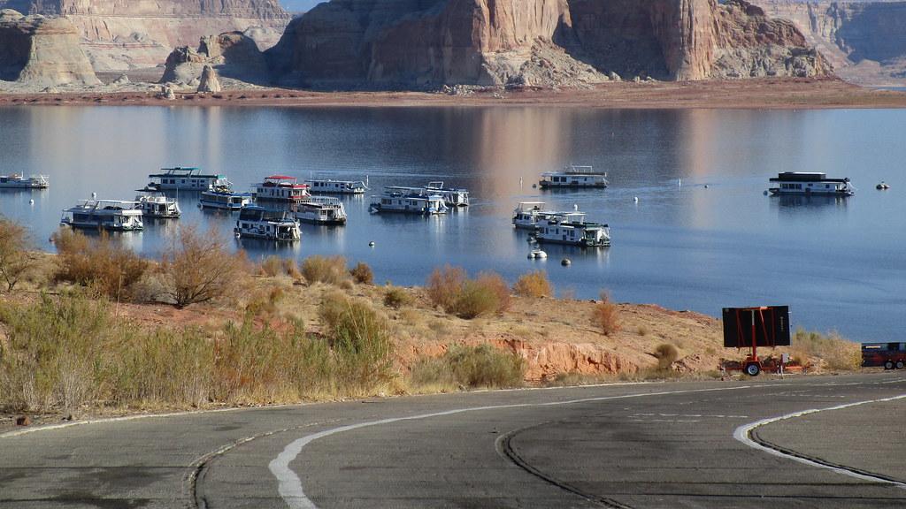 Arizona - Lake Powell:  Boat ramp & parked houseboats