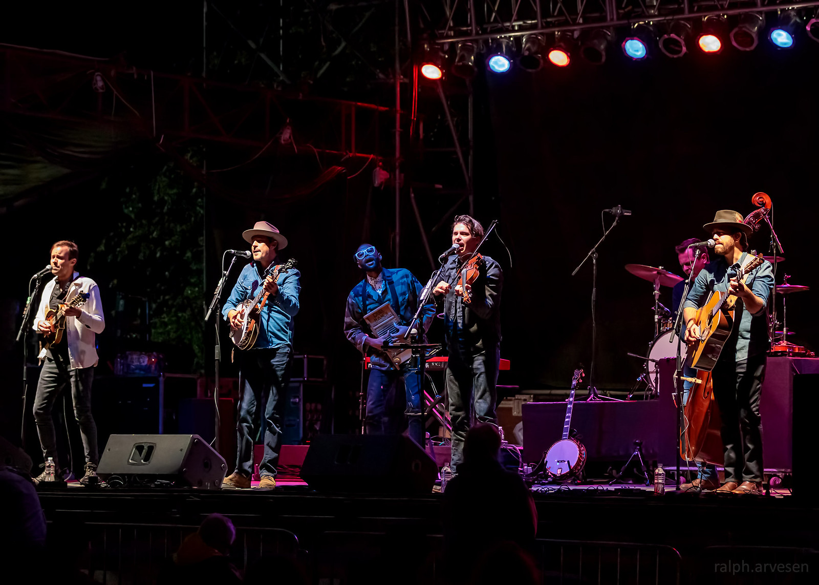 Old Crow Medicine Show | Texas Review | Ralph Arvesen