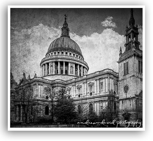 St Pauls Cathedral in Monochrome