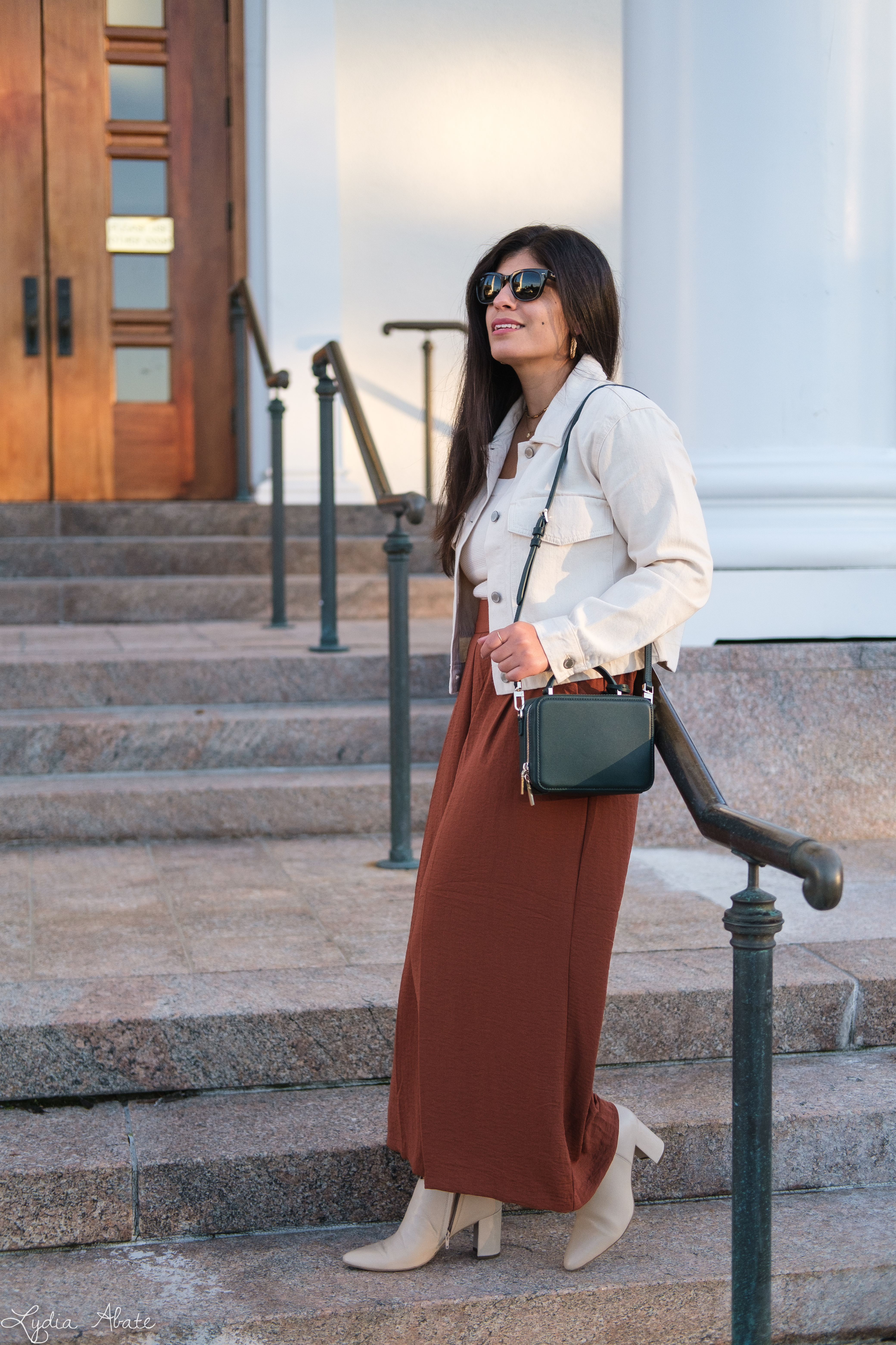 rust wide leg pants, knit tank, cream denim jacket, boots, green bag-2.jpg
