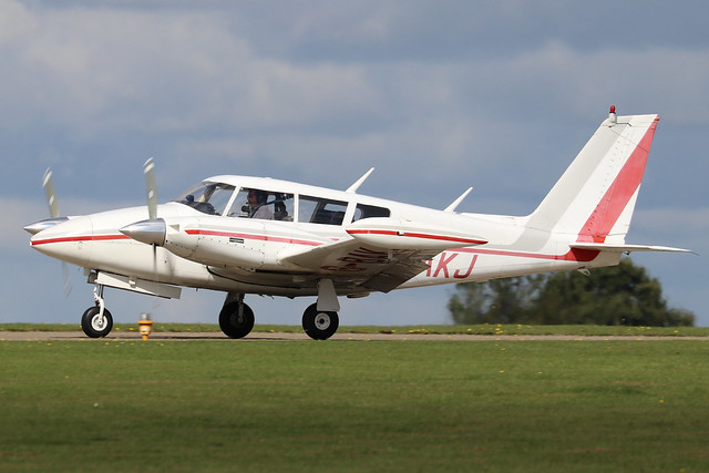 G-BAKJ  -  Piper PA30 Twin Comanche c/n 30-1232  -  EGBK 1/9/19