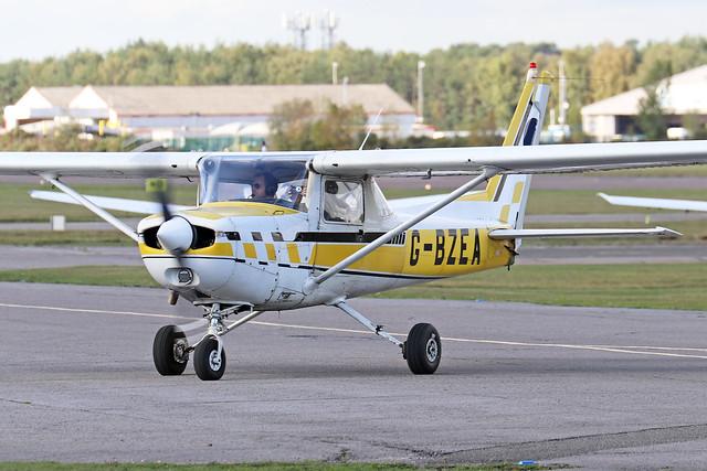 G-BZEA  -  Cessna A152 Aerobat c/n A152-0824  -  EGLK 16/10/20
