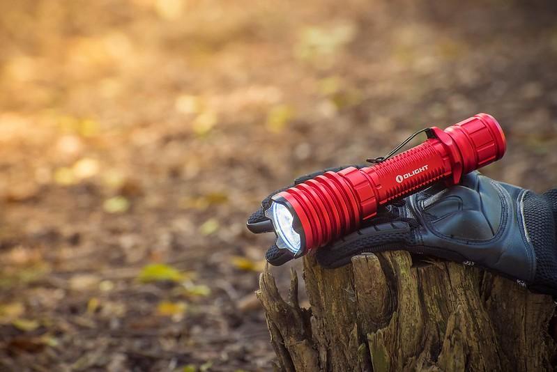 OLIGHT Warrior X PRO 武士 Red Blue 2250流明 遠射 戰術手電筒 -16