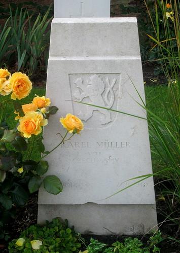 Czechoslovak War Grave, Overleigh Cemetery, Chester