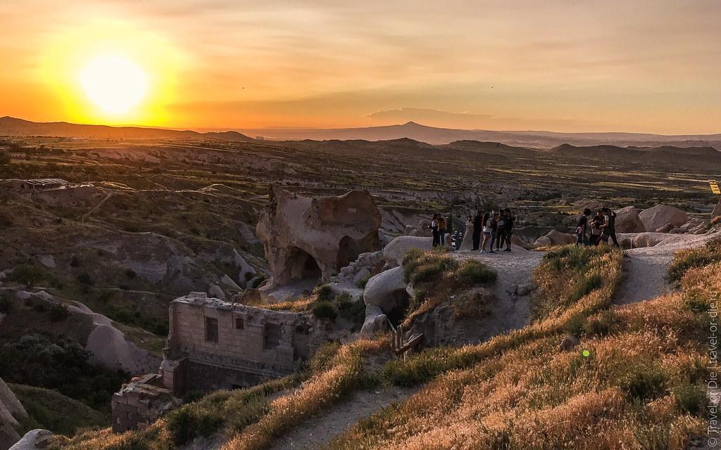 Uchisar-Castle-Cappadocia-iphone-8023