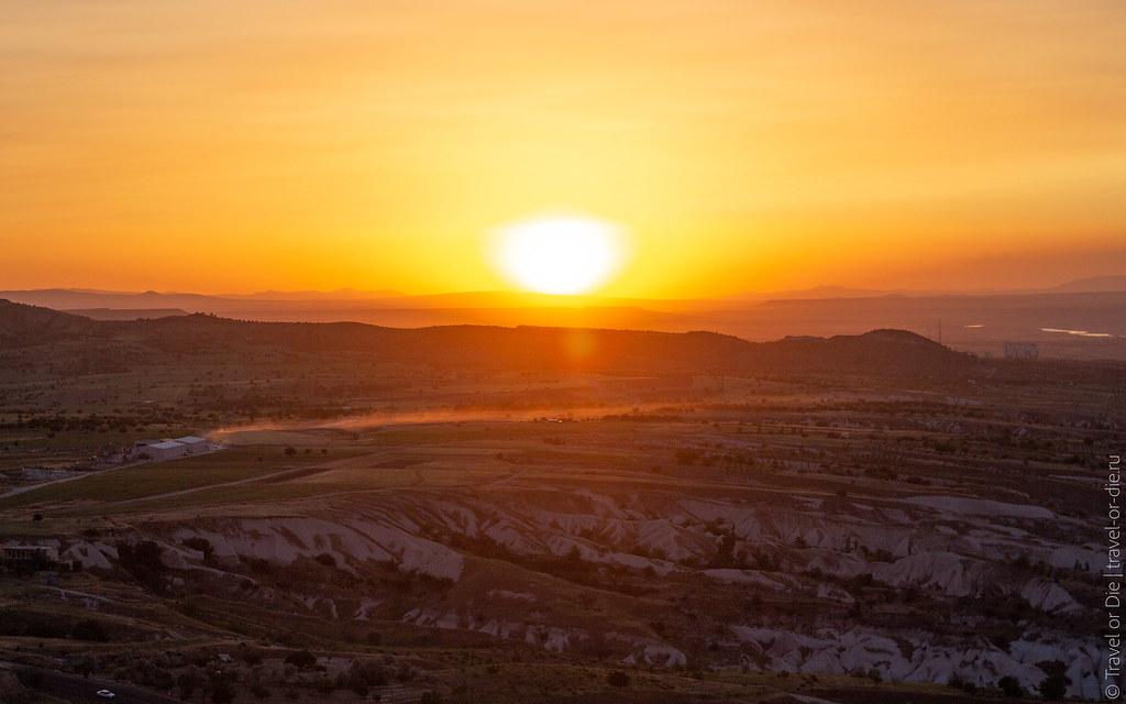 Uchisar-Castle-Cappadocia-canon-5947
