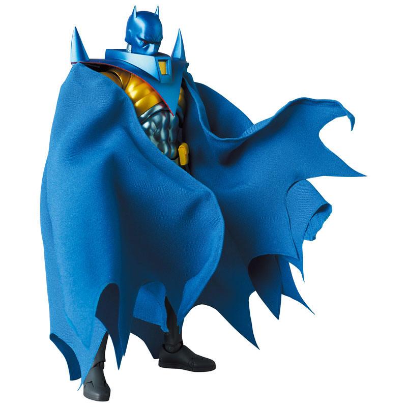 MAFEX《蝙蝠俠:騎士隕落》蝙蝠俠(Azrael)6吋可動人偶!侵略性十足的銳利線條