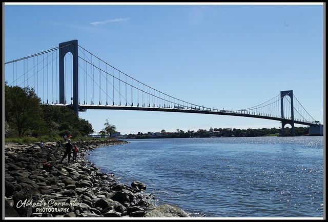 EL PUENTE BRONX-WHITESTONE. BRONX WHITESTONE BRIDGE. NEW YORK CITY.